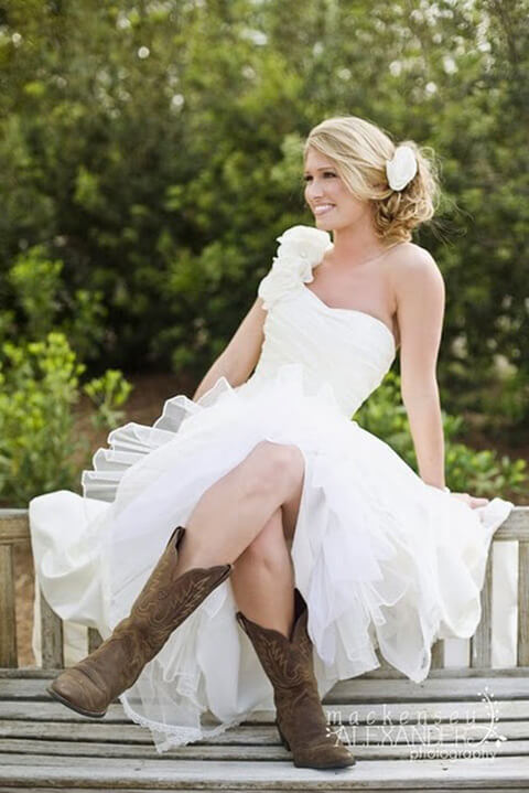 45 short country wedding dress perfect with cowboy boots for Dresses to wear to a wedding with cowboy boots
