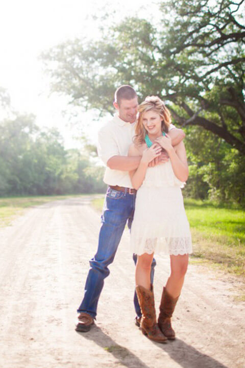 Country Wedding Dresses with Cowboy Boots